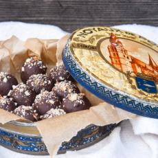 Chokladdoppade rawbollar med smak av lakrits