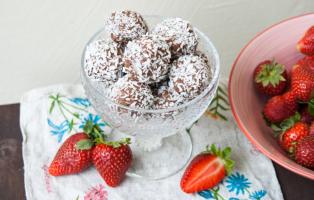Chokladbollar med nötsmör