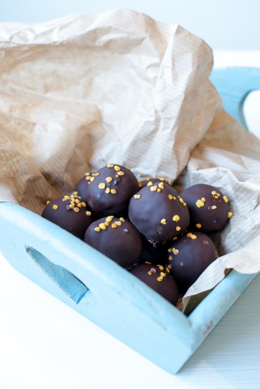 Chokladdoppade pepparkaksbollar